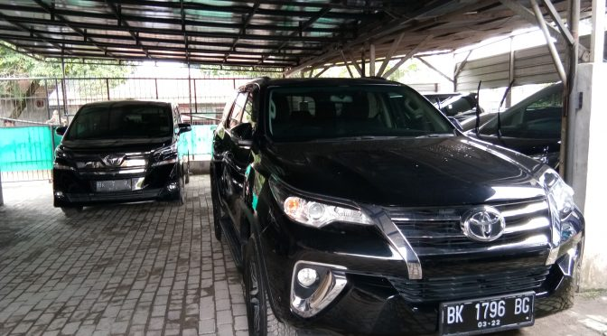 Rent Car Fortuner VRZ